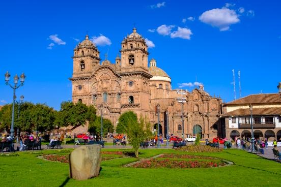 Plaza de Armas, hlavní náměstí v Cusco.