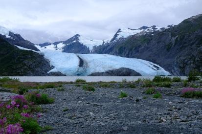 Pohled na Portage Glacier...